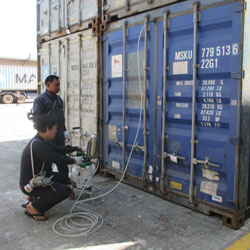 https://www.omicmyanmar.com/wp-content/uploads/2017/06/Container-Fumigation-2.jpg