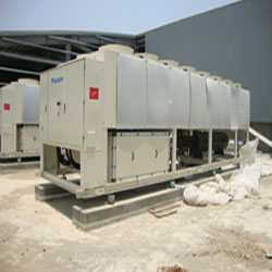 http://www.omicmyanmar.com/wp-content/uploads/2017/06/DSC01575-gas-leakage-damaged-of-chiller-aircon-..jpg